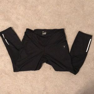 Black crop workout leggings